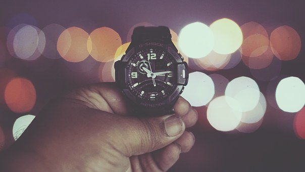 watch-932814__340